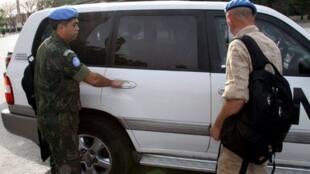 Les observateurs de l'ONU à Damas le 18 avril 2012.