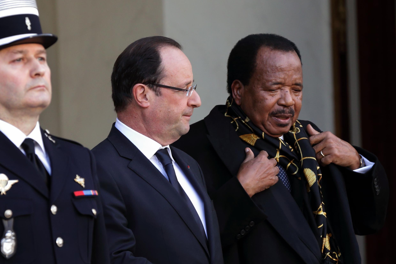 Le président français, François Hollande et son homologue camerounais Paul Biya.