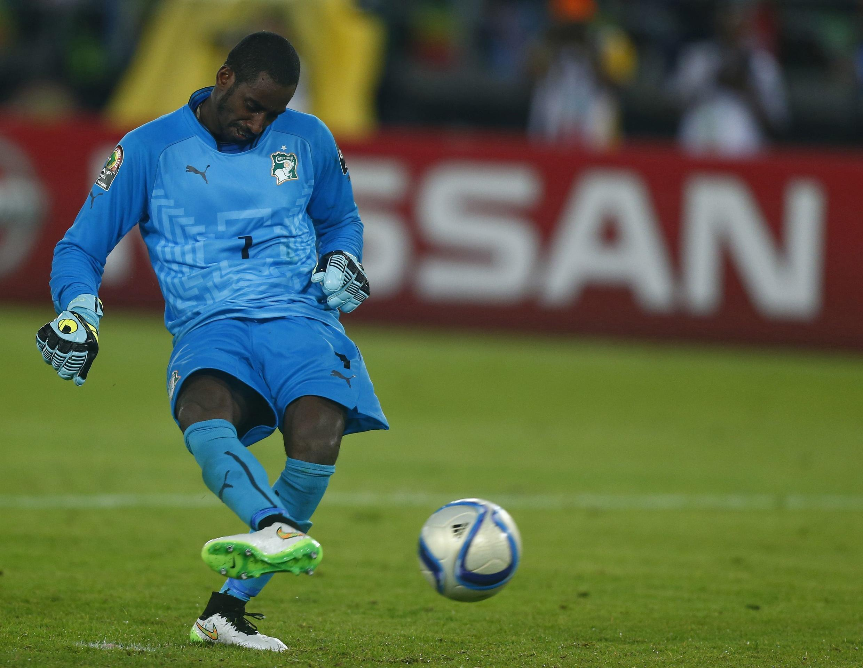 Copa Barry, le gardien ivoirien, marque le tir au but décisif de la finale de la CAN 2015.