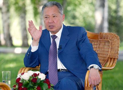 Thời nắm quyền, ông Bakiev lập chế độ gia đình trị, biến của công thành của riêng (Reuters / V. Pirogov)