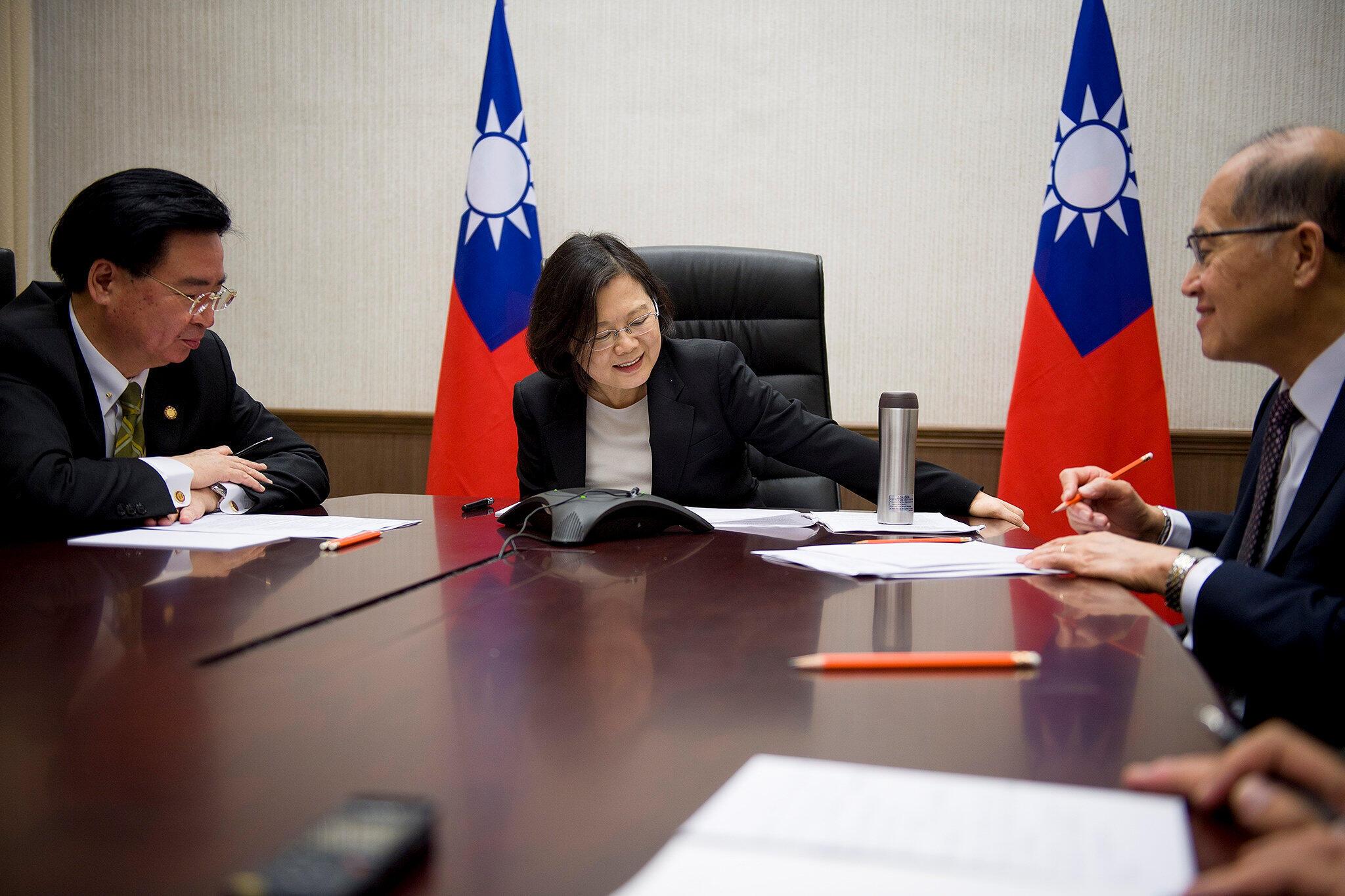 Cuộc điện thoại của tổng thống Đài Loan với Tổng thống tân cử Mỹ Donald Trump từng khuấy động quan hệ Mỹ-Trung.