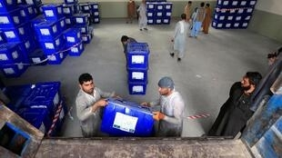 فردا شنبه ۶ میزان/۲۸ سپتامبر انتخابات ریاست جمهوری افغانستان در سایهی ناامنی و نگرانی از تقلب سازمانیافته برگزار میشود.