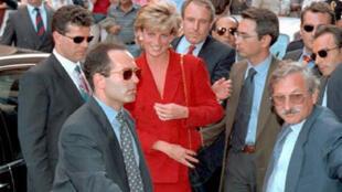 Lady Diana. Ảnh chụp tại Bologne, Ý, năm 1995.