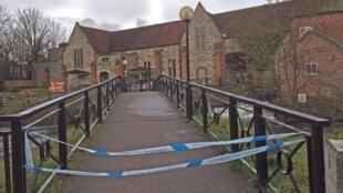 A Salisbury, le cordon de sécurité qui empêchait l'accès des lieux où l'ex-agent double a été empoisonné.