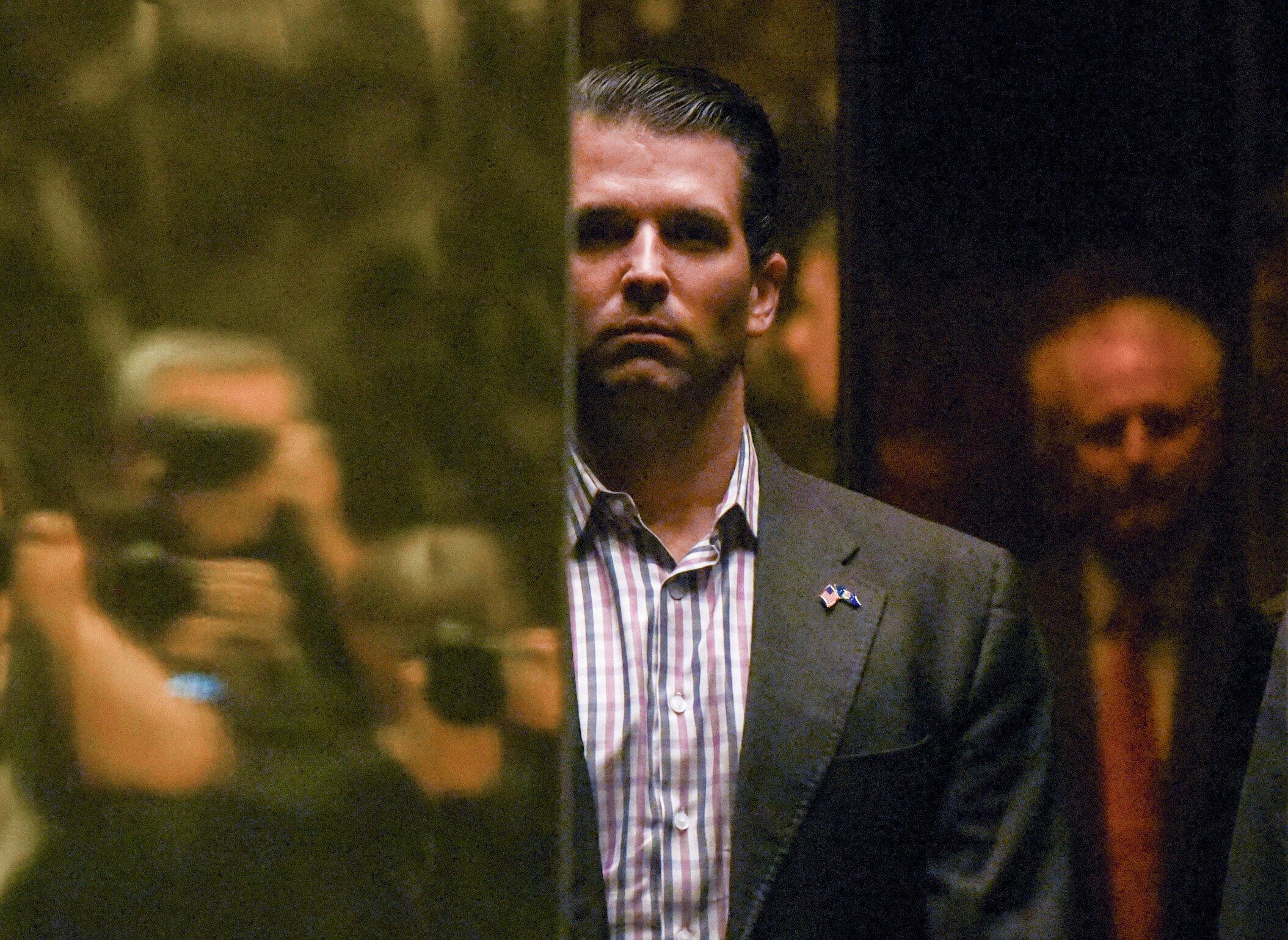 Ông Donald Trump Jr., con trai tổng thống Mỹ, đến tòa Tháp Trump tại New York, ngày 18/01/2017.