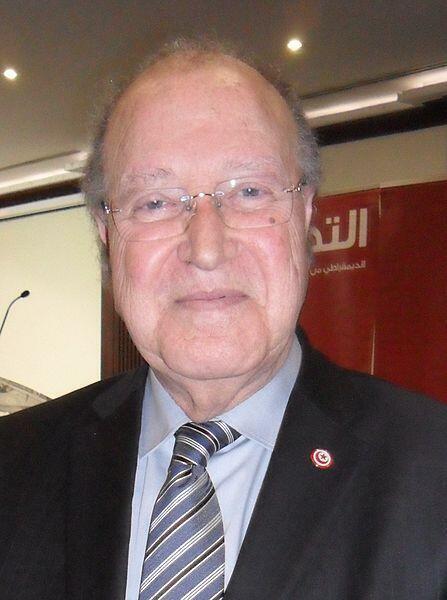 Docteur Mustapha Ben Jaafar, ancien président de l'Assemblée constituante de Tunisie et chef du parti  Ettakatol,