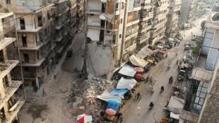 Un grand nombre d'Arméniens ont quitté la ville d'Alep, en proie à la guerre civile.