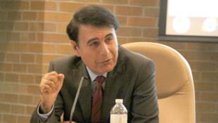 هوشنگ حسنیاری، استاد روابط بین الملل و مسائل استراتژیک در کالج نظامی سلطنتی کانادا