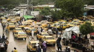 Vue de Ndjamena, août 2017, dans le flot de véhicules (Photo d'illustration).
