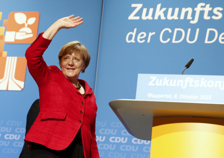 Nesta semana, Angela Merkel tentou convencer aliados que a política de abertura a refugiados é boa para a Alemanha.