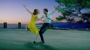 Emma Stone et Ryan Gosling dans «La La Land», de Damien Chazelle.