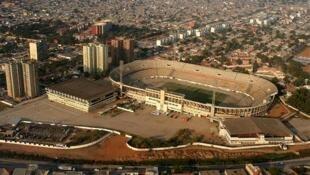 Dezasseis pessoas morreram durante um movimento de pânico no Estádio da Cidadela de Luanda