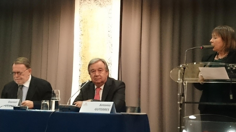 António Guterres, antigo Alto Comissário das Nações Unidas para os refugiados (ACNUR), durante o colóquio na Cidade Universitária Internacional em Paris.