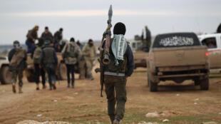 Un combattant rebelle dans les alentours de la ville syrienne d'Al-Bab, le 14 janvier 2017.