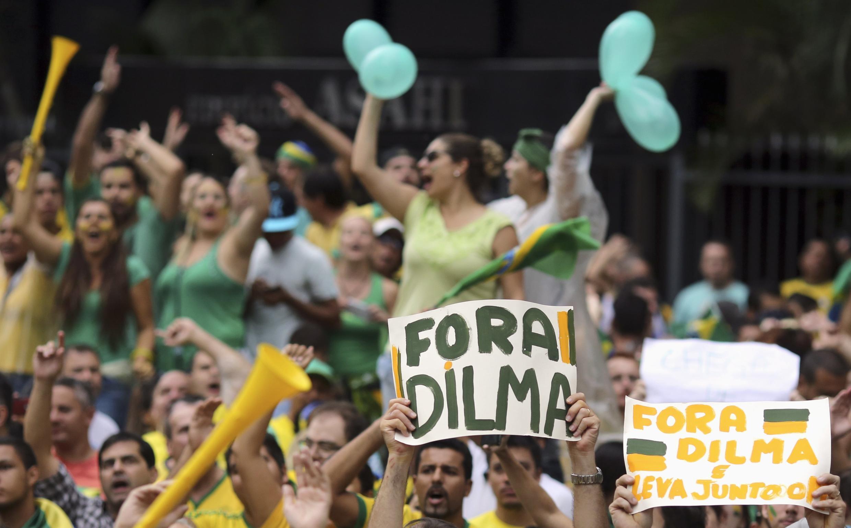 Lors des manifestations de dimanche 15 mars, les Brésiliens n'ont pas hésité à demander la destitution de la présidente Dilma Rousseff.