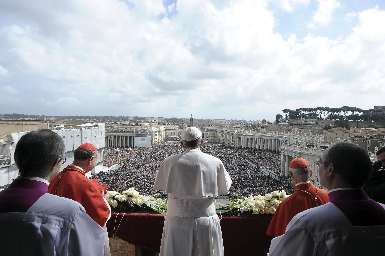 Папа Римский Франциск во время «Urbi et Orbi», Ватикан, 31 марта 2013 года
