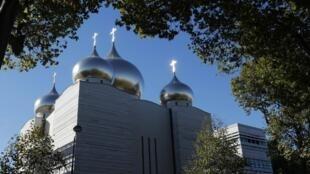 Храм Святой Троицы Российского духовно-культурного православного центра в Париже, 4 октября 2016.