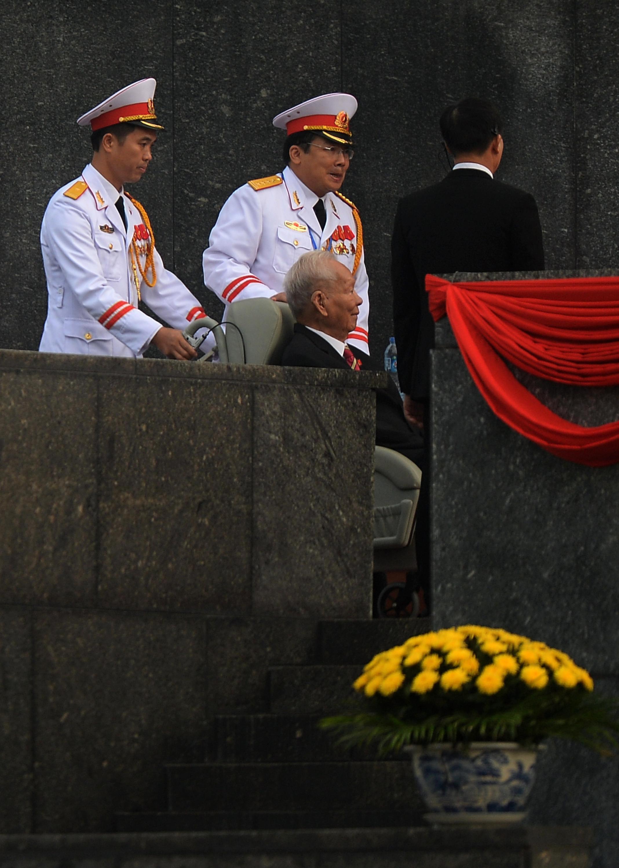 Cựu chủ tịch nước Lê Đức Anh đến Lăng Hồ Chí Minh nhân lễ Quốc Khánh 02/09/2015.