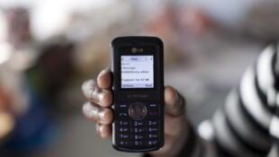 Au Niger, il est de plus en plus courant de régler ses factures avec son téléphone portable.
