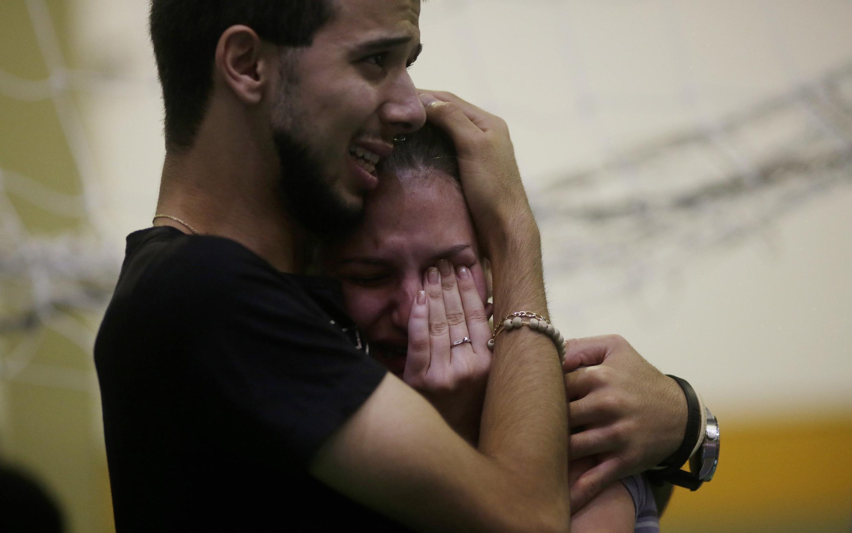 A maior parte dos mortos no incêndio numa discoteca em Santa Maria, Rio Grande do Sul, tinham entre 16 e 20 anos.