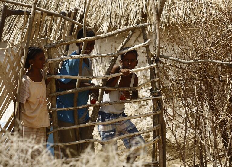 Wakimbizi wa Eritrean katika kambi ya Kassala, mashiriki mwa  Sudan,   22/ 10/ 2015.