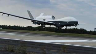 美國MQ-4C Triton無人飛機2014年9月18日拍攝的照片。