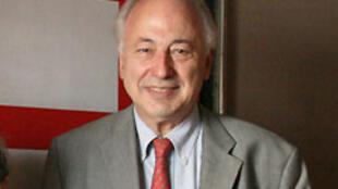 Jean-Paul Gauzès.