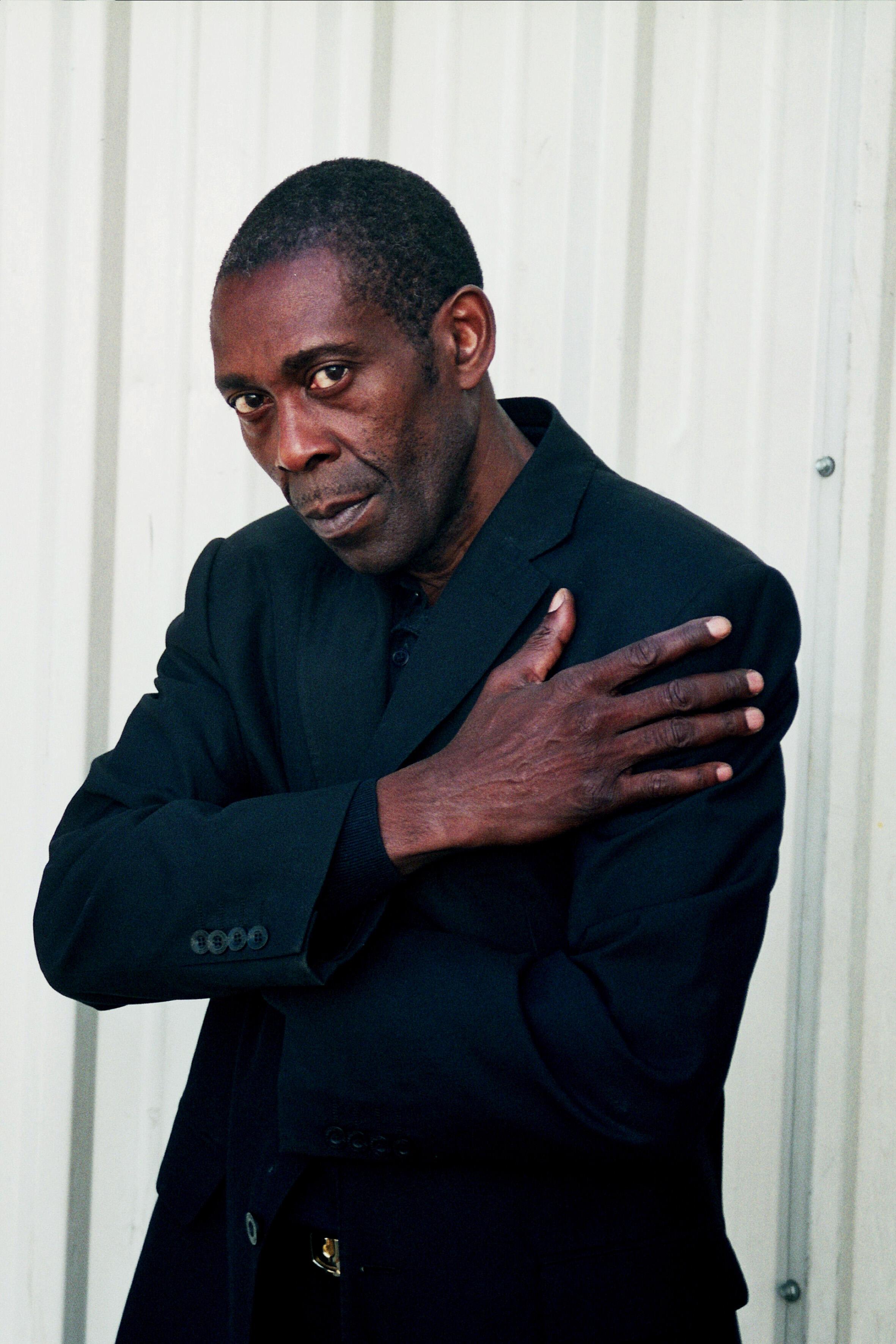 L'auteur congolais Koli Jean Bofane, lauréat du Grand prix du roman métis 2014 pour « Congo Inc. », publié aux éditions Actes Sud.