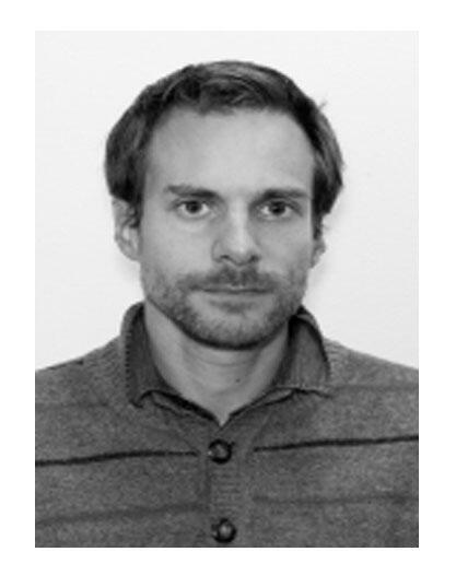 Jean Merckaert est membre du conseil d'administration de l'association Sherpa.