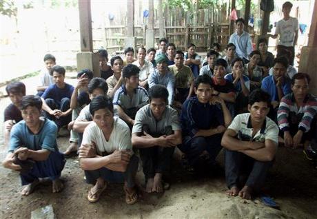 Người Thượng  Việt Nam trong trại  tị nạn Ben Lung  tại Cam Bốt  năm 2001.