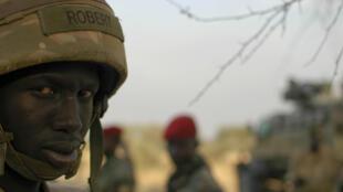 Mwanajeshi wa Sudan Kusini kama anavyoonekana katika picha iliyopigwa January 18, 2016