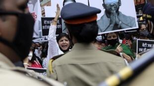 Rassemblement de colère contre le chef du gouvernement régional de l'Uttar Pradesh, le 3 octobre à Bombay, après le viol d'une «intouchable».