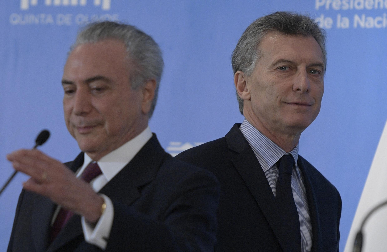 Les présidents du Brésil et de l'Argentine, Michel Temer et Mauricio Macri, le 3 octobre 2016 à Buenos Aires.