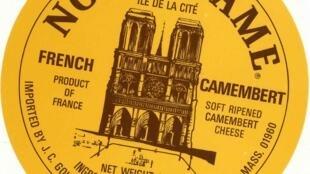 Etiqueta de un queso Camembert, propiedad del historiador francés, Bernard Richard.