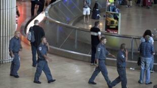 Autoridades israelenses reforçaram a segurança no aeroporto internacional de Tel Aviv.