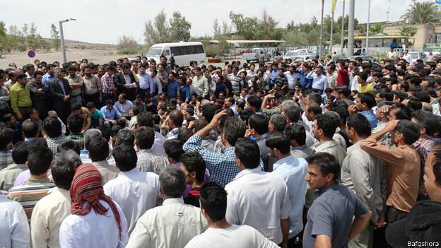 """ادامه اعتصاب حدود ۵ هزار کارگر بازداشتی معدن سنگ آهن """"بافق"""" یزد."""