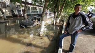 Trận lũ tại Krymsk, vùng Krasnodar , na Rússia. (REUTERS)