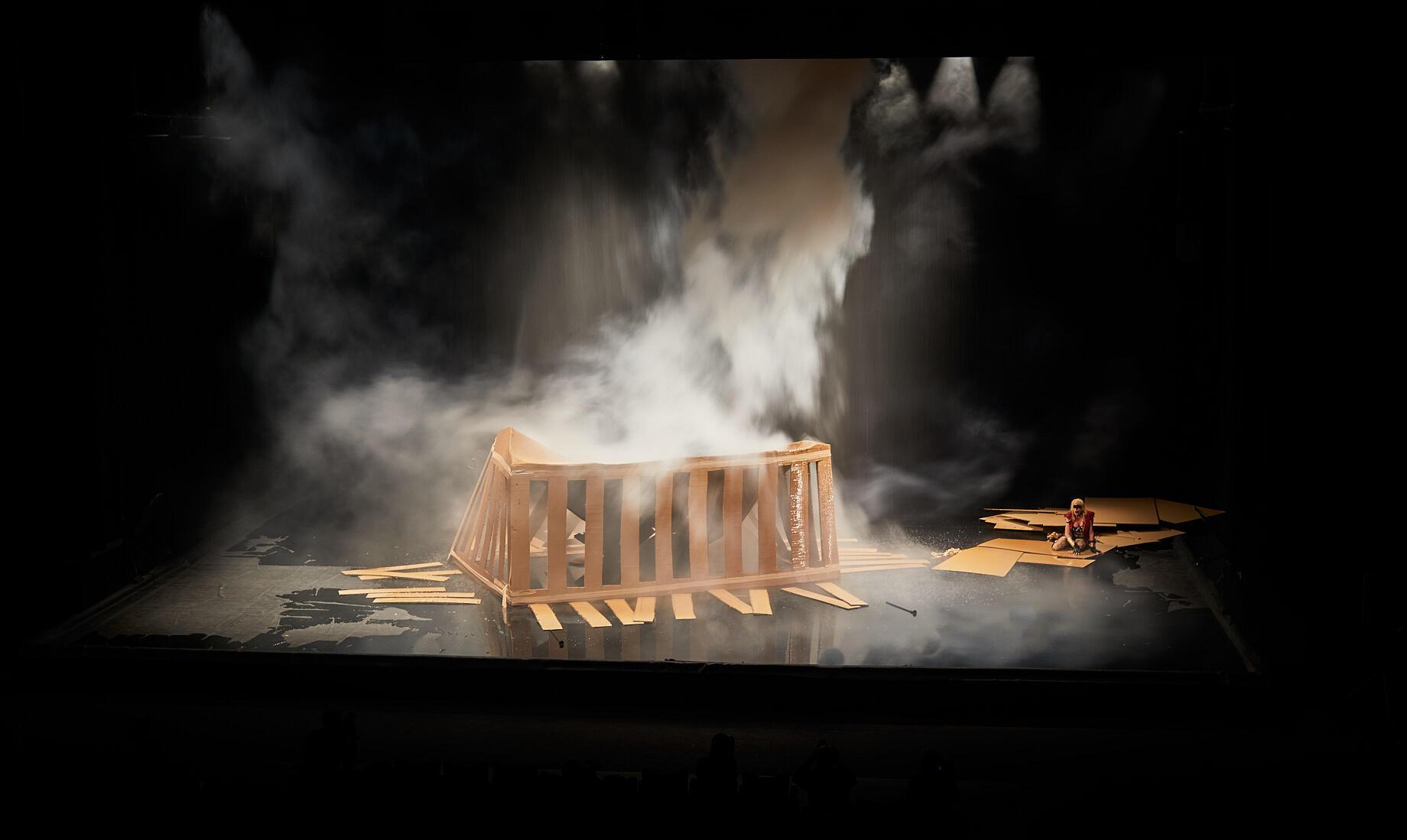 « La trilogie des contes immoraux (pour Europe) », de Phia Ménard, au Festival d'Avignon 2021.