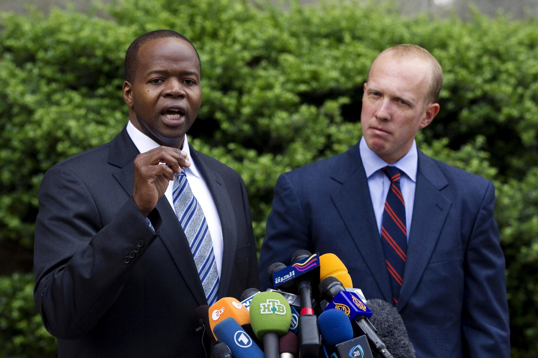 Nafissatou Diallo's lawyer Kenneth Thompson (L)