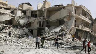 Le quartier rebelle al-Qaterji à Alep, le 21 septembre 2016, après un bombardement.