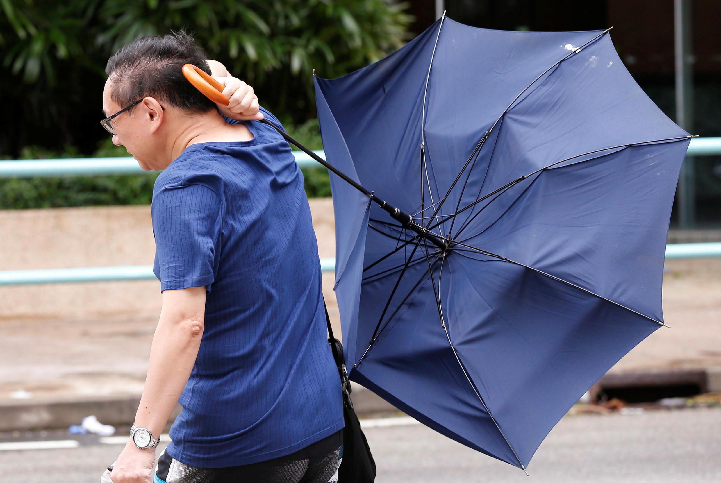 2016年8月2日,强台风妮妲袭击香港。