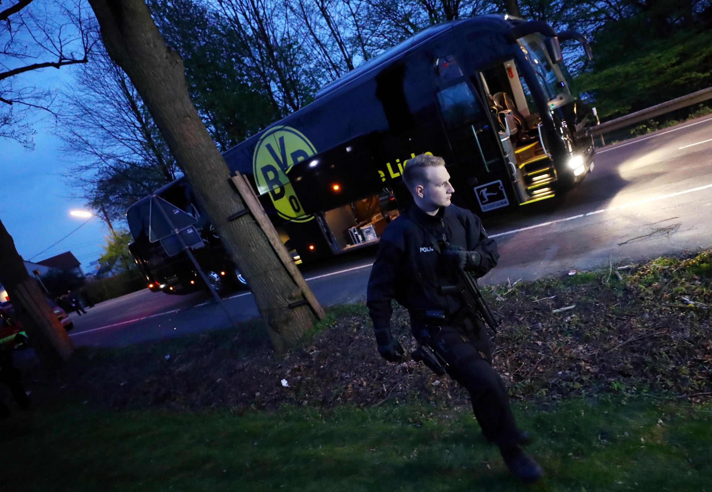 Chiếc xe bus của CLB Borussia Dortmund.