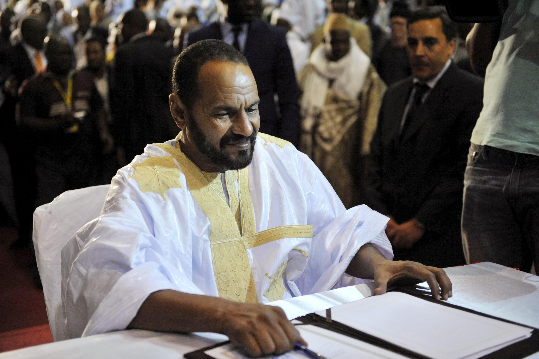 Le 20 juin 2015 à Bamako, Sidi Brahim Ould Sidati signait au nom de la CMA l'accord de paix inter-malien, à Bamako.