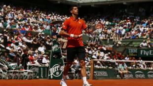 Novak Djokovic se classificou para a terceira final em Roland Garros.