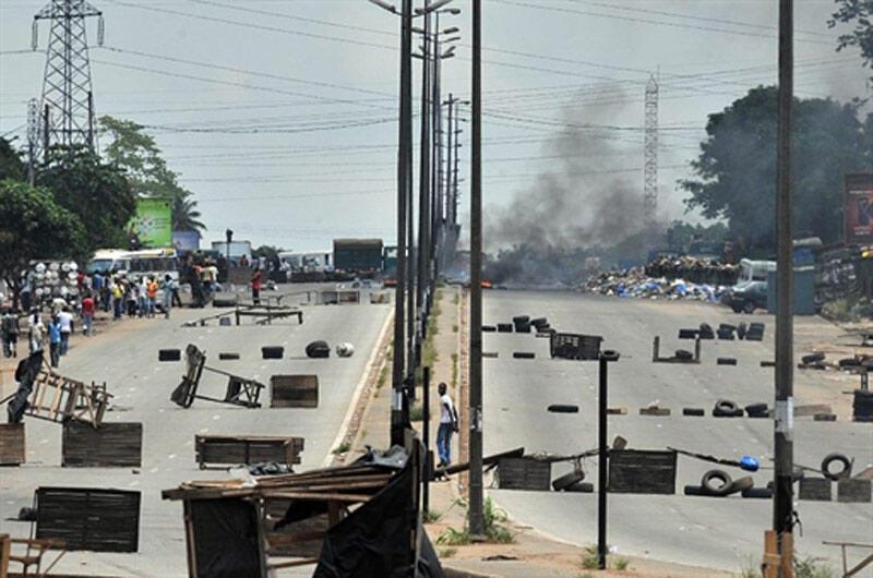 Yadda mutane suka sanya shinge a hanyoyi a kasar Cote d'Ivoire