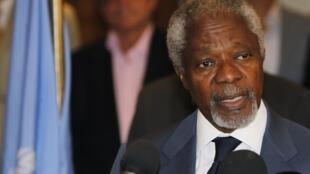 O enviado especial da ONU, Kofi Annan, durante uma coletiva de imprensa nesta segunda-feira, em Damasco.