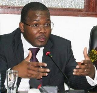 Armando Inroga, ministro da indústria e do comércio de Moçambique.