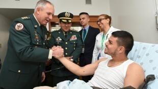 O tenente libertado pela Farc, Cristian Rivera Moscoso