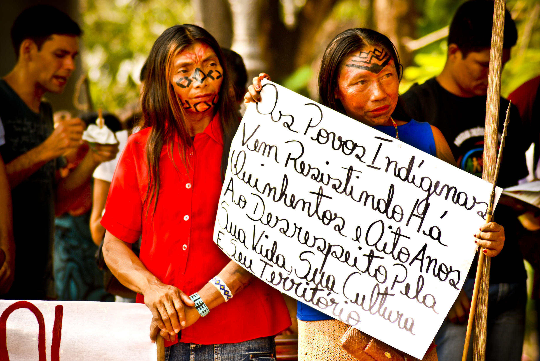 Índios protestam na região de Raposa Serra do Sol, em agosto de 2008