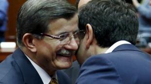 نخست وزیر یونان و نخست وزیر ترکیه در بروکسل